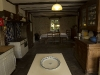 Kitchen and dining area / Cuisine et salle a manger
